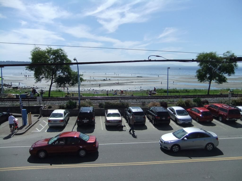 Photo 8: Photos: Ocean Front restaurant / office in White Rock in Kamloops in White Rock: Business with Property for sale