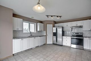 Photo 3: 379 Coventry Road NE in Calgary: Coventry Hills Detached for sale : MLS®# A1148465