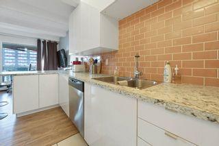 Photo 11: 909 9918 101 Street in Edmonton: Zone 12 Condo for sale : MLS®# E4247653