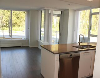 "Photo 4:  in Vancouver: South Marine Condo for sale in ""Rhythm"" (Vancouver East)  : MLS®# R2569986"