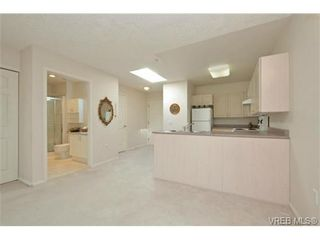 Photo 8: 311 1485 Garnet Rd in VICTORIA: SE Cedar Hill Condo for sale (Saanich East)  : MLS®# 727717