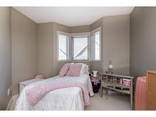 """Photo 16: 1 33321 GEORGE FERGUSON Way in Abbotsford: Central Abbotsford Townhouse for sale in """"Cedar Lane"""" : MLS®# R2438184"""