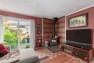 """Photo 4: 1 39752 GOVERNMENT Road in Squamish: Northyards Townhouse for sale in """"Mountain View Manor"""" : MLS®# R2509017"""