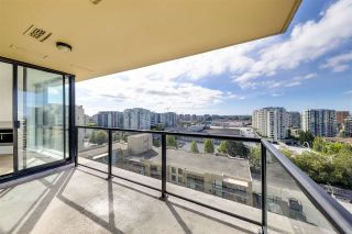 """Photo 1: 1701 7831 WESTMINSTER Highway in Richmond: Brighouse Condo for sale in """"Capri"""" : MLS®# R2505411"""