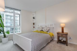 """Photo 13: 1104 89 W 2ND Avenue in Vancouver: False Creek Condo for sale in """"PINNACLE LIVING FALSE CREEK"""" (Vancouver West)  : MLS®# R2250974"""