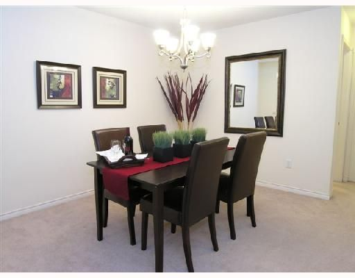 """Photo 4: Photos: 404 1144 STRATHAVEN Drive in North_Vancouver: Northlands Condo for sale in """"STRATHAVEN"""" (North Vancouver)  : MLS®# V744025"""