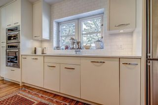 Photo 13: 1110 Levis Avenue SW in Calgary: Upper Mount Royal Detached for sale : MLS®# A1109323