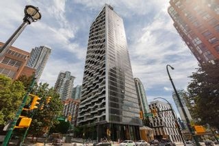 Photo 2: 1701 889 PACIFIC STREET in Vancouver: Downtown VW Condo for sale (Vancouver West)  : MLS®# R2608681