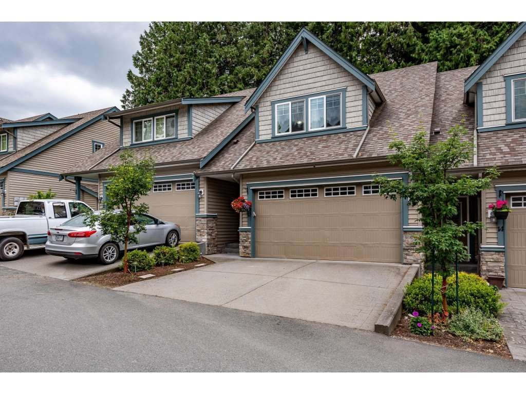 "Main Photo: 13 46791 HUDSON Road in Chilliwack: Promontory Townhouse for sale in ""Walker Creek"" (Sardis)  : MLS®# R2479074"