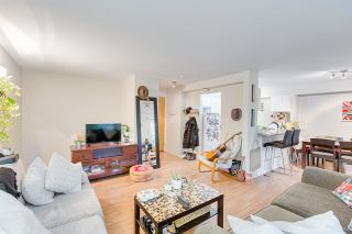 Photo 3: 208 1060 E BROADWAY Street in Vancouver: Mount Pleasant VE Condo for sale (Vancouver East)  : MLS®# R2334527