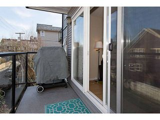 """Photo 5: 306 833 W 16TH Avenue in Vancouver: Fairview VW Condo for sale in """"The Emerald"""" (Vancouver West)  : MLS®# V1063181"""