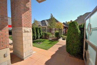 Photo 1: 116 21 Burkebrook Place in Toronto: Bridle Path-Sunnybrook-York Mills Condo for lease (Toronto C12)  : MLS®# C5180859