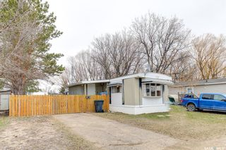 Photo 2: 186 Cottonwood Drive in Sunset Estates: Residential for sale : MLS®# SK850160