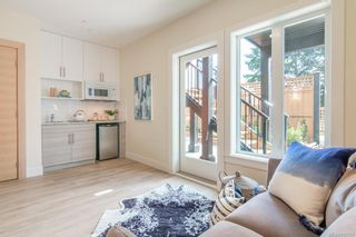 Photo 23: 402 2130 Sooke Rd in Colwood: Co Hatley Park Row/Townhouse for sale : MLS®# 842387
