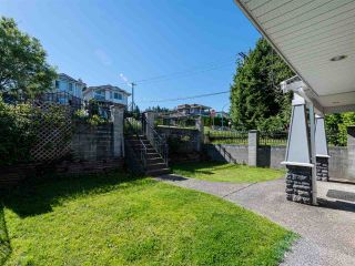 Photo 39: 10 WARWICK Avenue in Burnaby: Capitol Hill BN House for sale (Burnaby North)  : MLS®# R2603486
