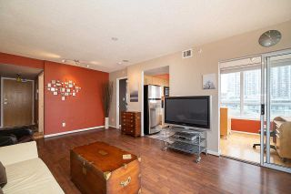 Photo 7: 802 63 KEEFER PLACE in Vancouver: Downtown VW Condo for sale (Vancouver West)  : MLS®# R2593495