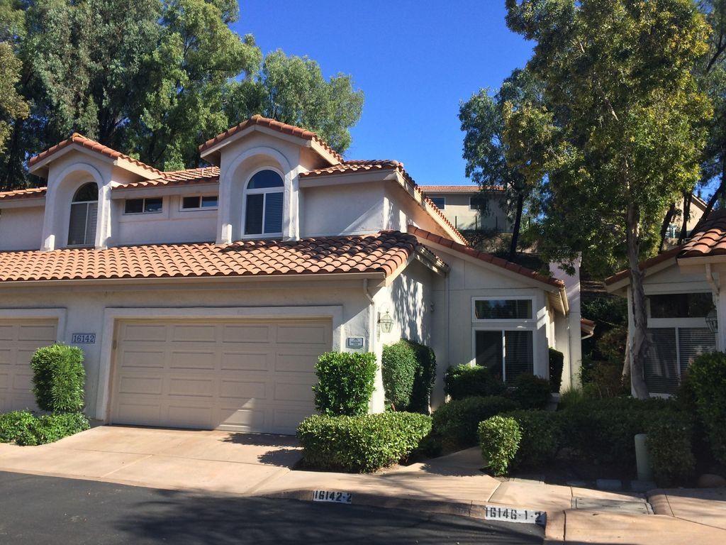 Main Photo: Twinhome for sale: 16142 Avenida Venusto  2 in San Diego