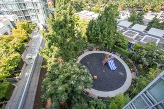 """Photo 7: 908 1033 MARINASIDE Crescent in Vancouver: Yaletown Condo for sale in """"QUAYWEST"""" (Vancouver West)  : MLS®# R2615852"""