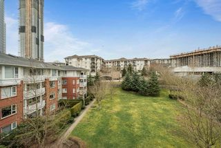 """Photo 13: 402 4723 DAWSON Street in Burnaby: Brentwood Park Condo for sale in """"COLLAGE"""" (Burnaby North)  : MLS®# R2465101"""