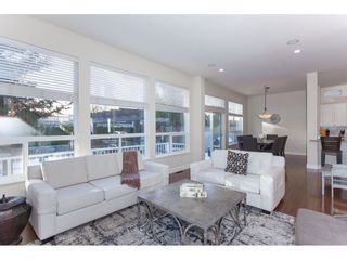 """Photo 4: 20141 68A Avenue in Langley: Willoughby Heights House for sale in """"Woodbridge"""" : MLS®# R2354583"""