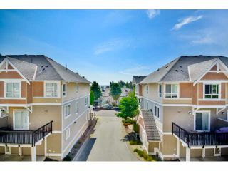 """Photo 15: 9 20159 68 Avenue in Langley: Willoughby Heights Townhouse for sale in """"VANTAGE"""" : MLS®# F1449062"""