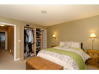 """Photo 8: 71 1055 RIVERWOOD Gate in Port Coquitlam: Riverwood Townhouse for sale in """"MOUNTAIN VIEW ESTATES"""" : MLS®# V999954"""