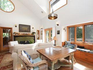 Photo 4: 5258 Stag Rd in Highlands: Hi Eastern Highlands House for sale : MLS®# 841807