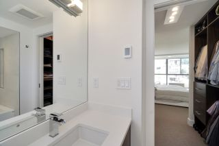 """Photo 25: 602 475 13TH Street in West Vancouver: Ambleside Condo for sale in """"Le Marquis"""" : MLS®# R2557858"""