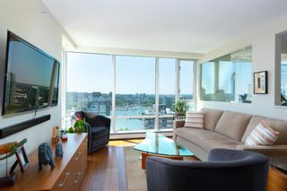"""Photo 2: 2701 1201 MARINASIDE Crescent in Vancouver: Yaletown Condo for sale in """"The Peninsula"""" (Vancouver West)  : MLS®# R2602027"""