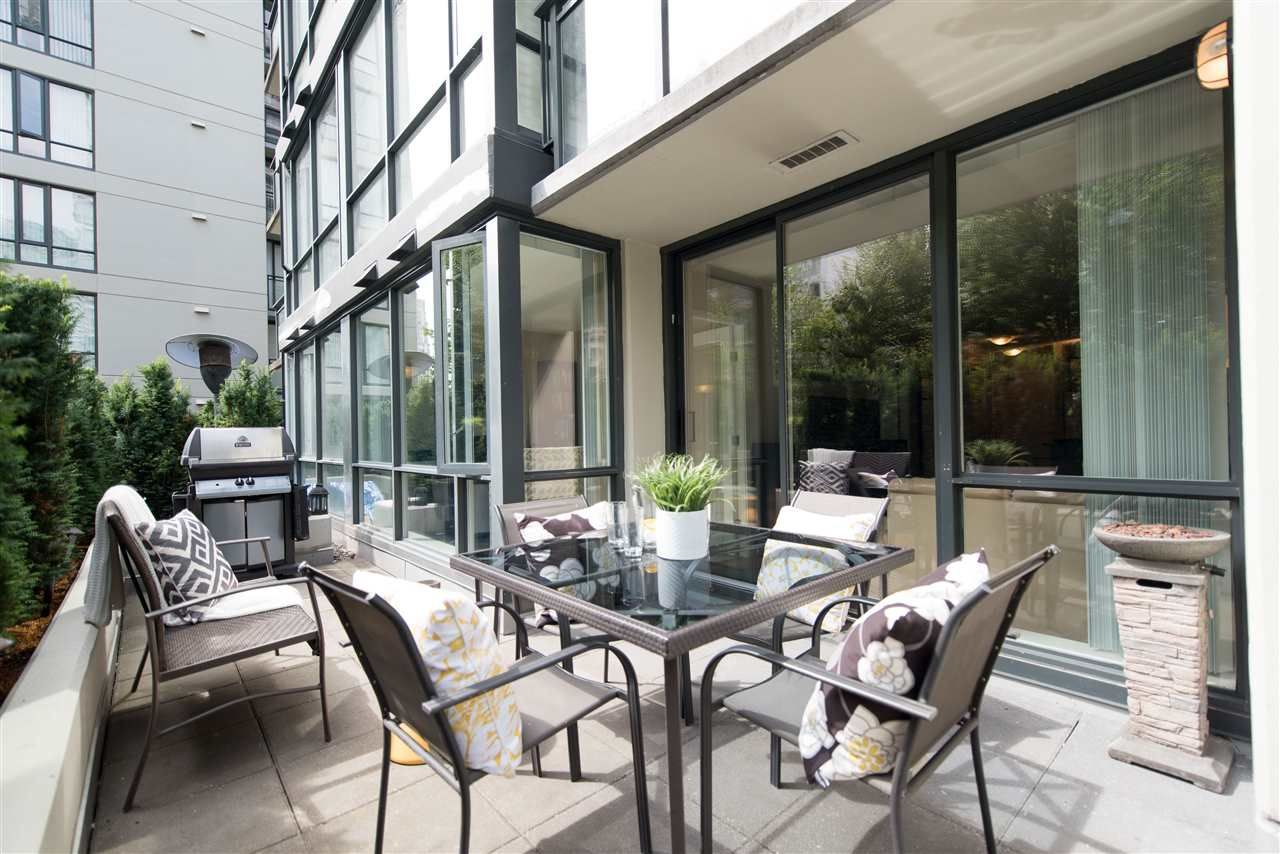 "Main Photo: 205 1082 SEYMOUR Street in Vancouver: Downtown VW Condo for sale in ""Freesia"" (Vancouver West)  : MLS® # R2198703"