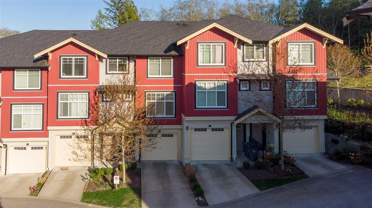 Main Photo: 37 13886 62 Avenue in Surrey: Sullivan Station Townhouse for sale : MLS®# R2569892