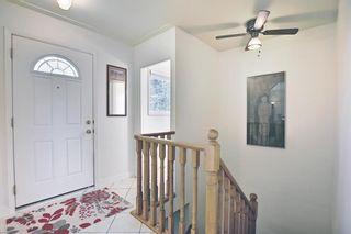Photo 10: 30 Wakefield Drive SW in Calgary: Westgate Detached for sale : MLS®# A1136370