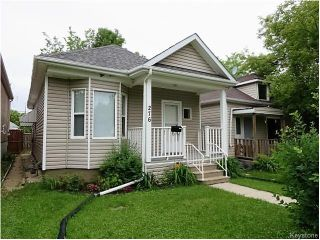 Photo 1: 276 Collegiate Street in Winnipeg: St James Residential for sale (West Winnipeg)  : MLS®# 1615770