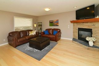 Photo 9: 36 EVERSYDE Manor SW in Calgary: Evergreen House for sale : MLS®# C4143440