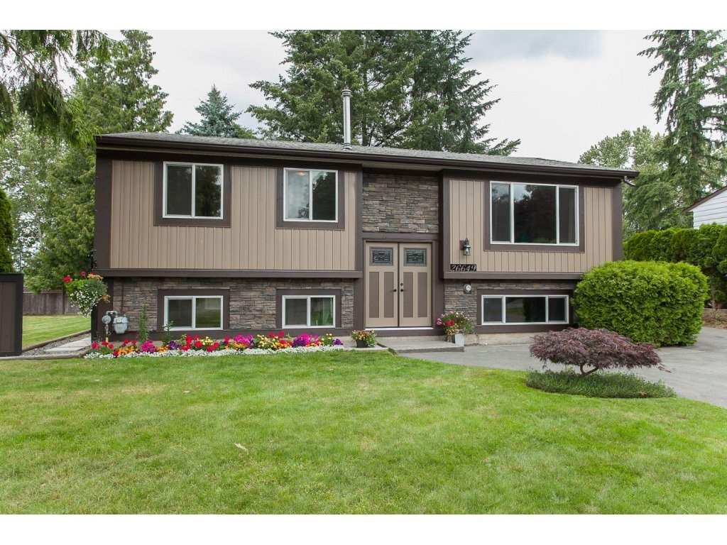 Main Photo: 26649 32A AVENUE in Langley: Aldergrove Langley House for sale : MLS®# R2082354