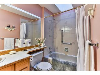 Photo 14: 8863 157A Street in Surrey: Fleetwood Tynehead House for sale : MLS®# R2029205