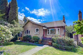 Photo 3: 3842 W 30TH Avenue in Vancouver: Dunbar House for sale (Vancouver West)  : MLS®# R2574980