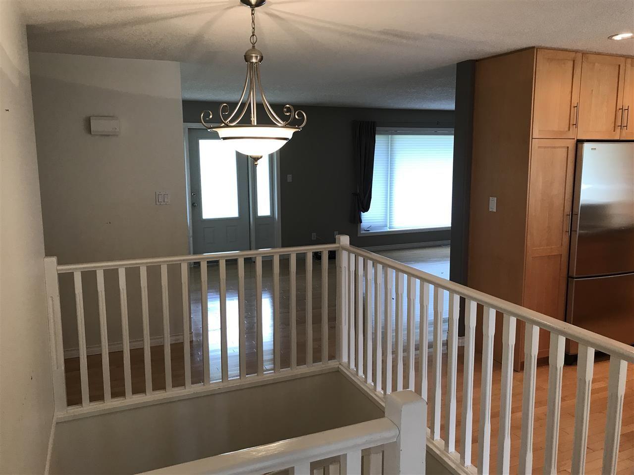 Photo 10: Photos: 9813 269 Road in Fort St. John: Fort St. John - Rural W 100th House for sale (Fort St. John (Zone 60))  : MLS®# R2208403