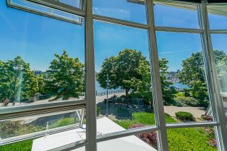 """Photo 25: TH112 1288 MARINASIDE Crescent in Vancouver: Yaletown Townhouse for sale in """"Crestmark 1"""" (Vancouver West)  : MLS®# R2587064"""