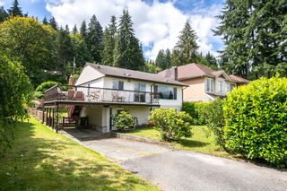 Photo 1: 2705 HENRY Street in Port Moody: Port Moody Centre House for sale : MLS®# R2087700