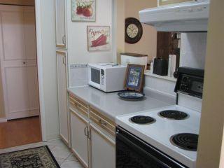 "Photo 3: 1428 NICHOL Road: White Rock Townhouse for sale in ""OCEAN RIDGE"" (South Surrey White Rock)  : MLS®# R2065681"