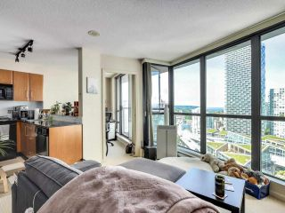 """Photo 5: 2506 501 PACIFIC Street in Vancouver: Downtown VW Condo for sale in """"THE 501"""" (Vancouver West)  : MLS®# R2579990"""