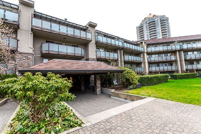 "Main Photo: 401 4373 HALIFAX Street in Burnaby: Brentwood Park Condo for sale in ""BRENT GARDENS"" (Burnaby North)  : MLS®# R2152280"
