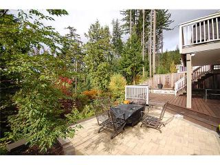 """Photo 2: 82 HAWTHORN Drive in Port Moody: Heritage Woods PM House for sale in """"HERITAGE WOODS"""" : MLS®# V1003245"""