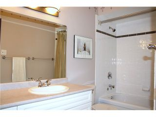 """Photo 10: 3480 LYNMOOR Place in Vancouver: Champlain Heights Townhouse for sale in """"MOORPARK"""" (Vancouver East)  : MLS®# V900458"""
