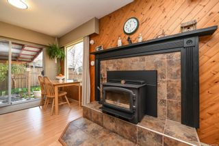 Photo 6: 2055 Tull Ave in : CV Courtenay City House for sale (Comox Valley)  : MLS®# 872280
