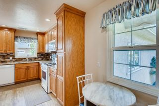 Photo 11: DEL CERRO House for sale : 3 bedrooms : 4997 TWAIN AVE in SAN DIEGO