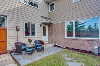 Photo 22: 14 3620 51 Street SW in Calgary: Glenbrook Row/Townhouse for sale : MLS®# C4265108