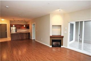 Photo 4: 203 12350 HARRIS ROAD in Pitt Meadows: Mid Meadows Condo for sale : MLS®# R2246506