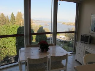 Photo 5: 301 38 LEOPOLD Place in New Westminster: Downtown NW Condo for sale : MLS®# R2053804
